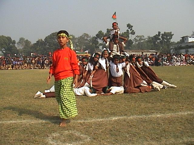 children-display-of-chuadanga-16-12-10-3