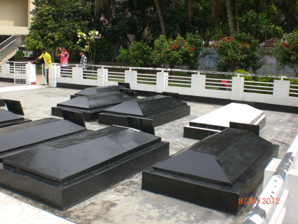 Front Graveyard in the graveyard of Lalan Shah, Kustia (7)
