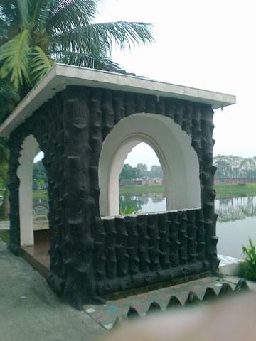 Montu Miyar Bagan bari-Architecture
