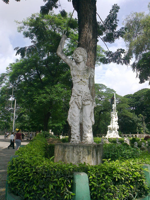 Sadhinotar Sangram or Struggle for independence Sculpture-Corner sculpture (9)