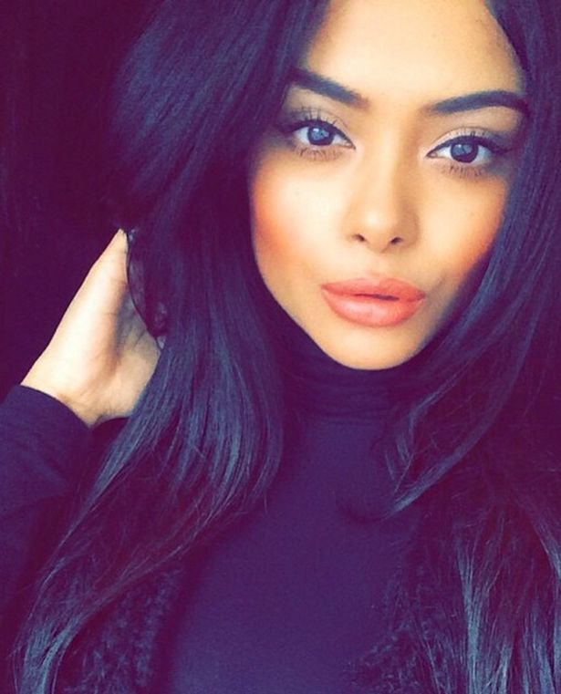 Afshan azad a bangladeshi born uk citizen acted in different facebook thecheapjerseys Choice Image